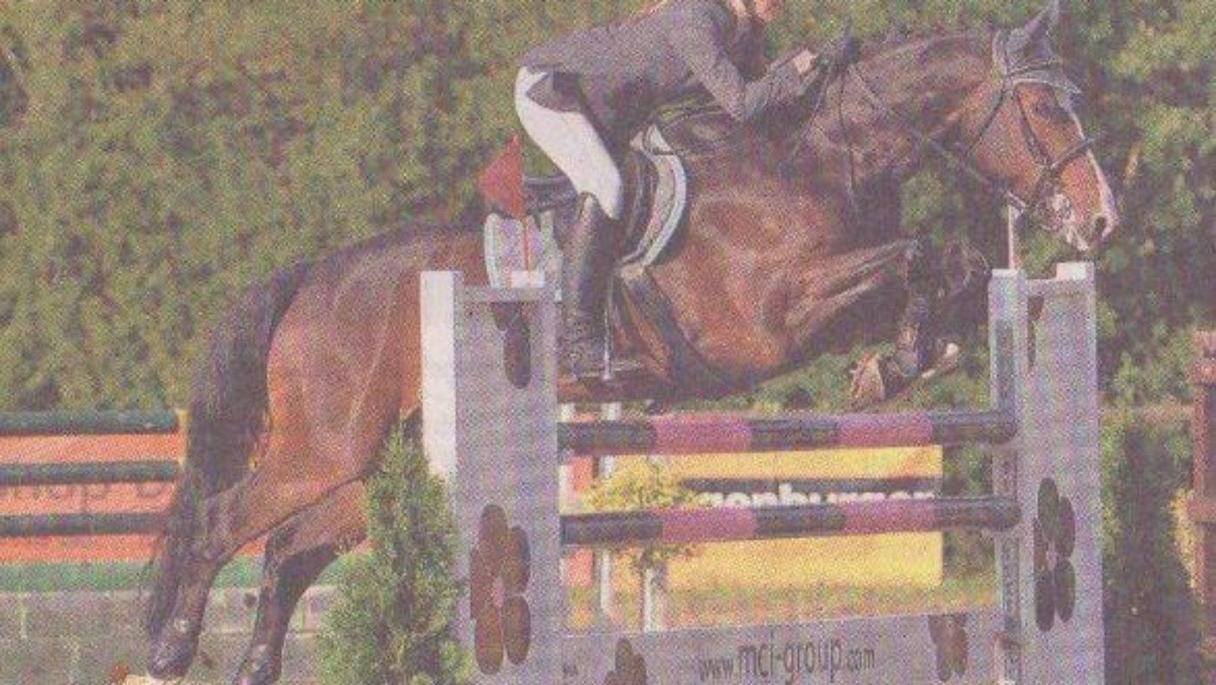 Ein Junior gewinnt das Bülacher S-Springen